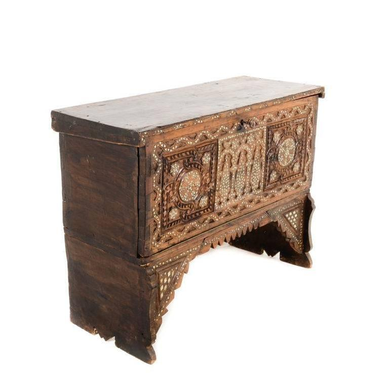 Inlaid Middle Eastern Trunk 3