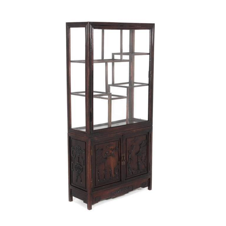 Antique Chinese Display Cabinet In Hong Mu Wood (or Rosewood), With Nicely