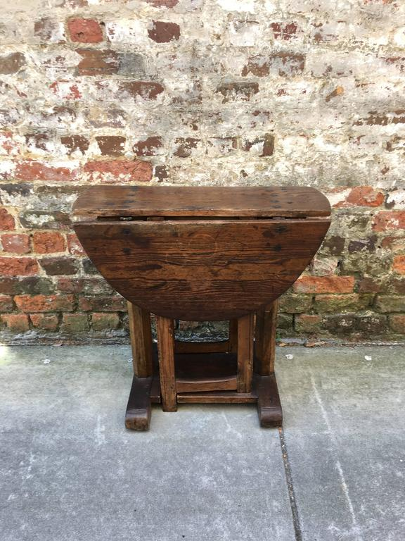Diminutive Drop Leaf English Pub Table For Sale At 1stdibs
