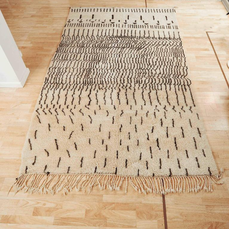 beni ourain rug at 1stdibs. Black Bedroom Furniture Sets. Home Design Ideas