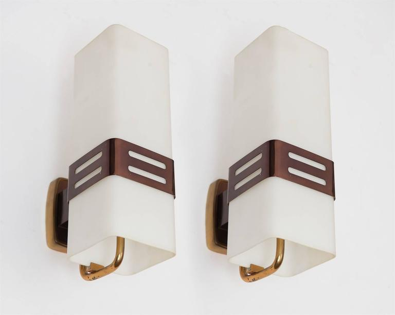 Pair of Stilnovo Wall Lights, circa 1950 In Excellent Condition For Sale In London, GB
