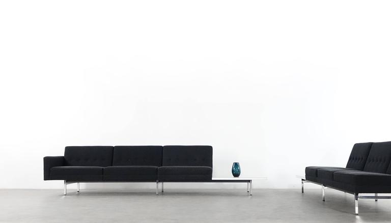 Beautiful George Nelson modular sofa for Herman Miller with one armrest.