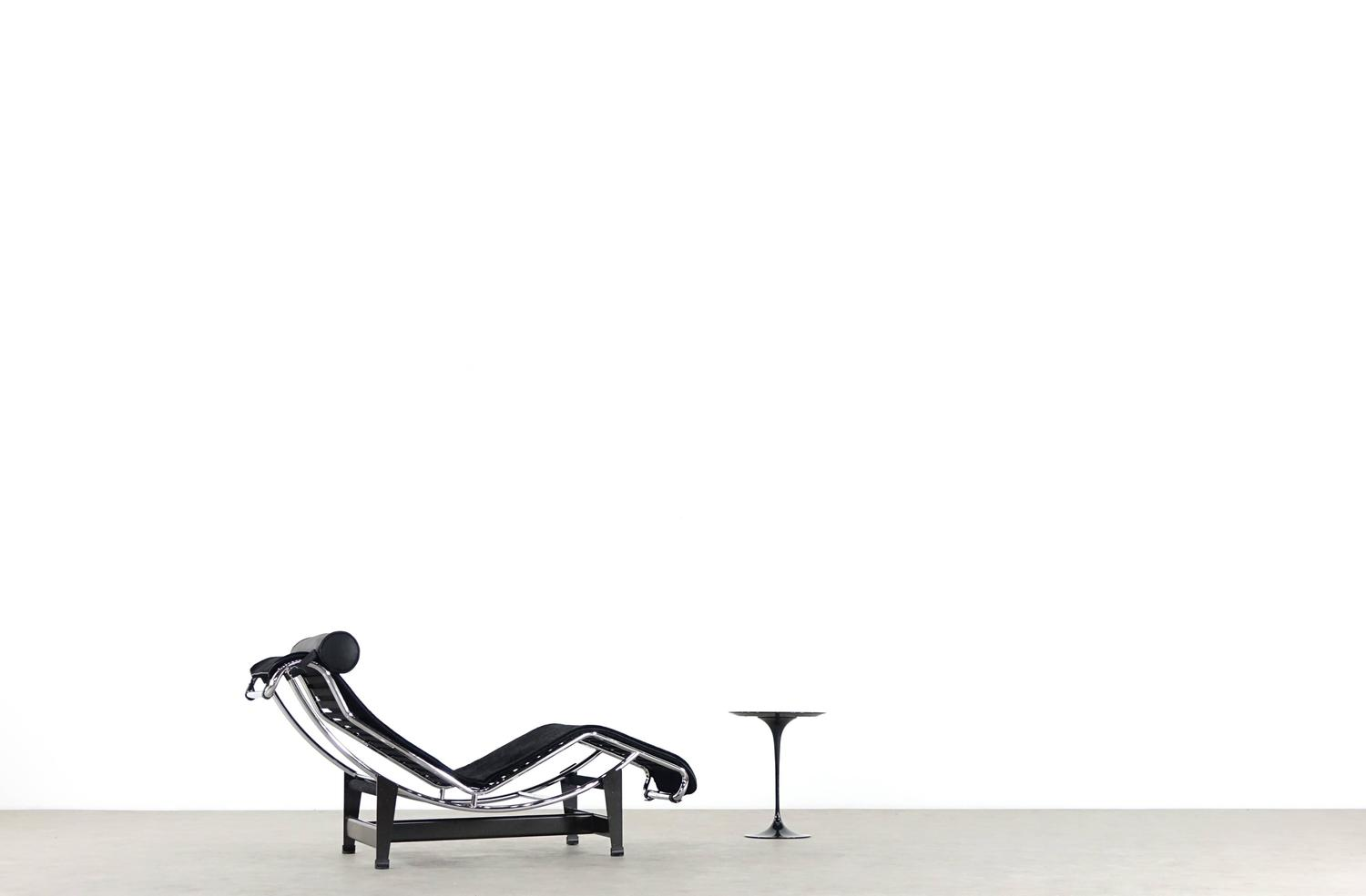 Le corbusier charlotte perriand p jeanneret lc4 chaise by for Chaise longue de le corbusier