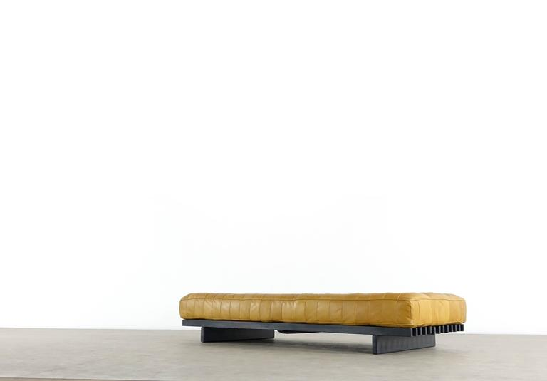 De Sede DS80 Daybed and Sofa in Cognac Aniline Leather, 1969 4