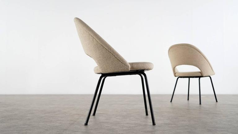 Eero Saarinen, Executive Chair by Knoll International with Kvadrat For Sale 2