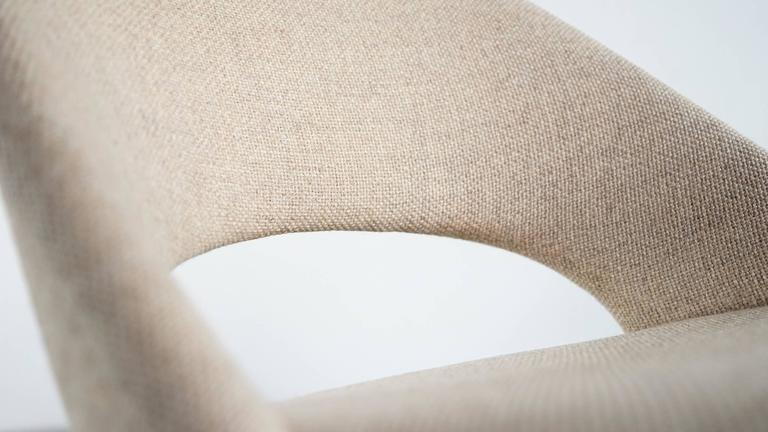 Eero Saarinen, Executive Chair by Knoll International with Kvadrat For Sale 4