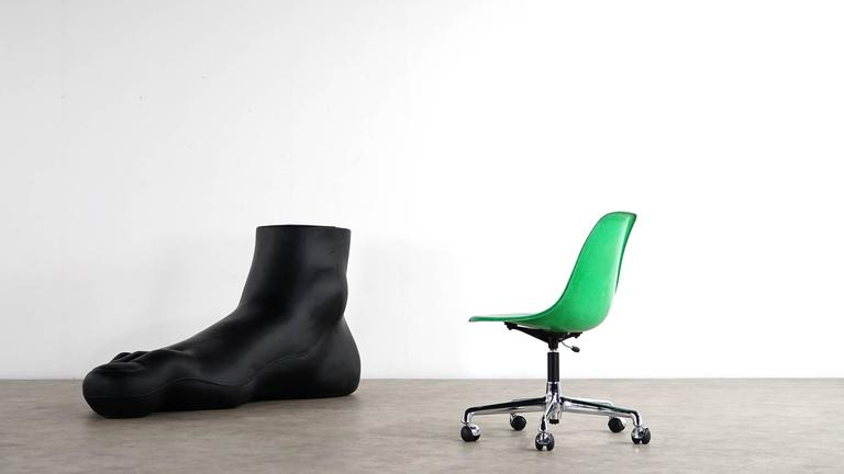 Charles Eames, Original Swivel Office Side Chair and Green Shell, Herman Miller For Sale 2