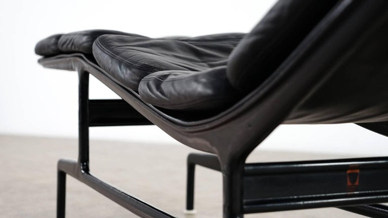 Leather Charles Eames Softpad Chaise, Daybed 1968 Herman Miller for Billy Wilder For Sale