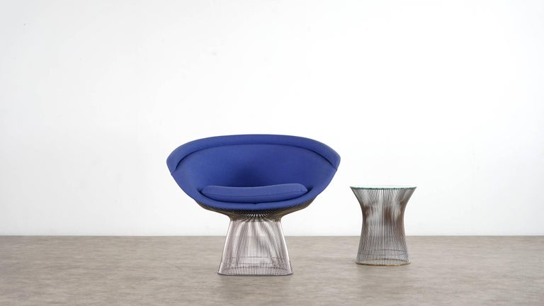 Large Warren Platner lounge chair 1966 for Knoll International  This chair was produced in 2010 and is in perfect condition.