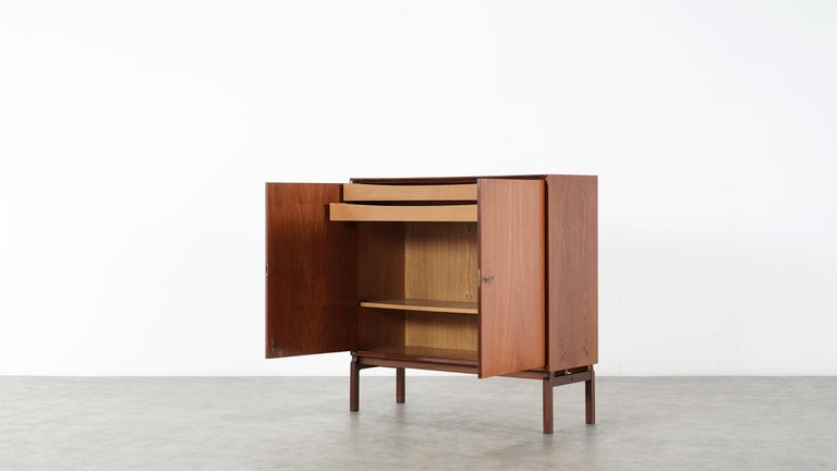 Teak Sideboard, Denmark 1965 Chest Arne Vodder like Drawers Midcenturymodern In Good Condition For Sale In Munster, NRW
