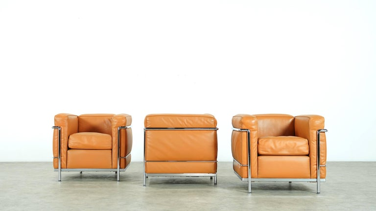 Two Le Corbusier LC2 Lounge Chair by Cassina, Cognac Leather, Signed & Engraved For Sale 1