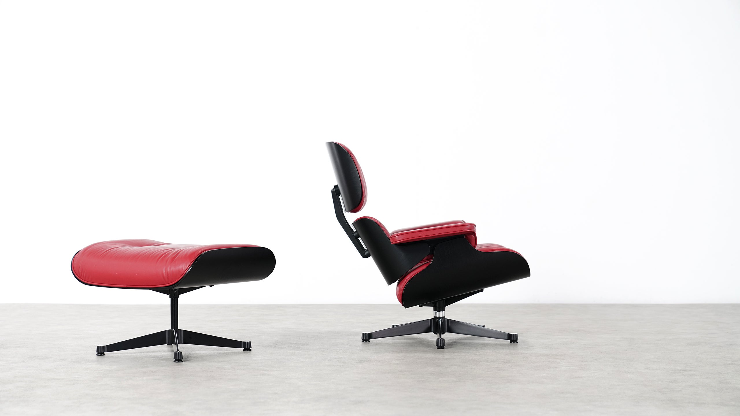 Vitra Chalres Eames : Vitra charles eames lounge chair and ottoman by vitra red leather