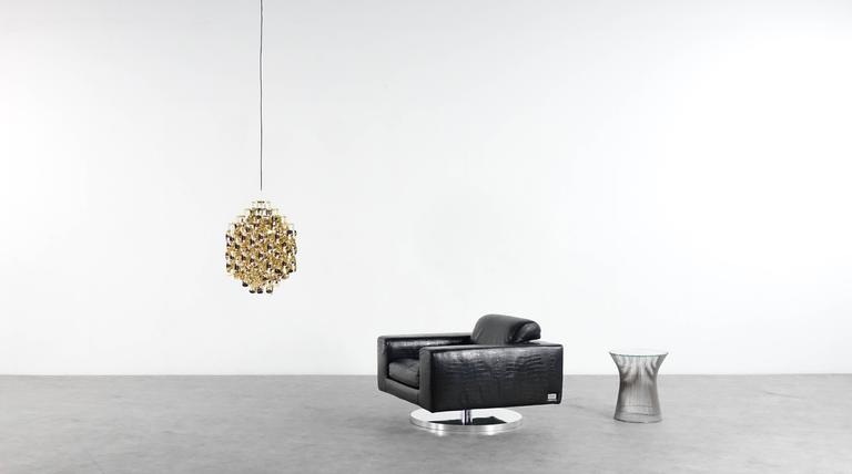 Vladimir Kagan New York Collection Lounge Swivel Chair