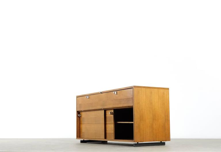 Herbert hirche executive sideboard top series by christian for Christian holzapfel