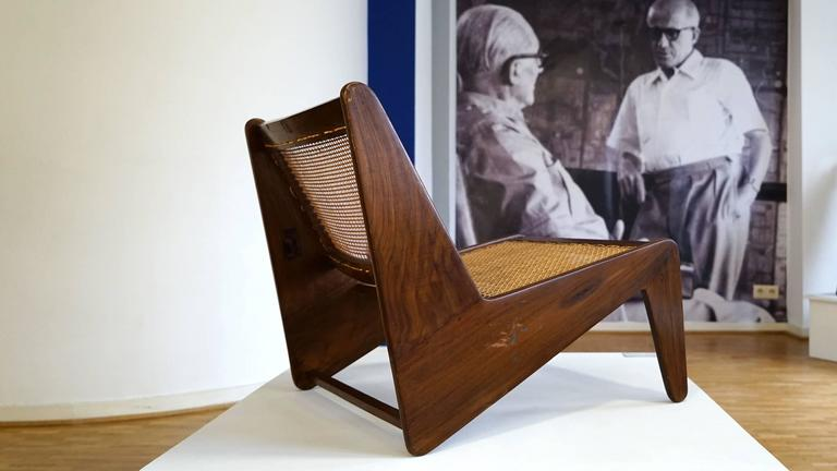 Pierre Jeanneret, Kangourou Lounge Chair in Sissoo Chandigarh, India, 1955 4