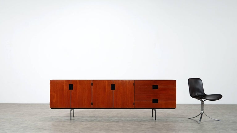 Cees Braakman Japanese Series Du-03 Sideboard for Pastoe, Netherlands, 1955 In Good Condition For Sale In Munster, NRW