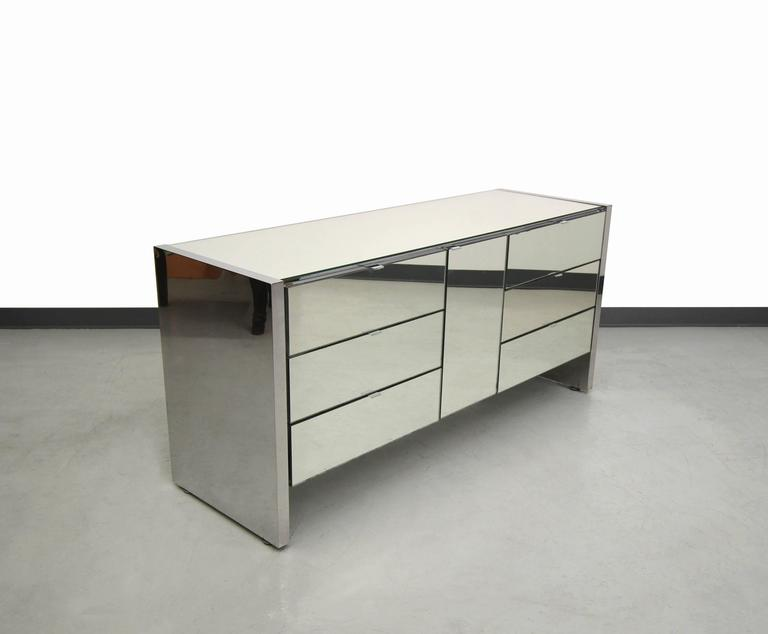 Charmant Gorgeous 1970s Mirrored Dresser Credenza By Ello Furniture. These Stunning  Mirrored Pieces Make Real Statements