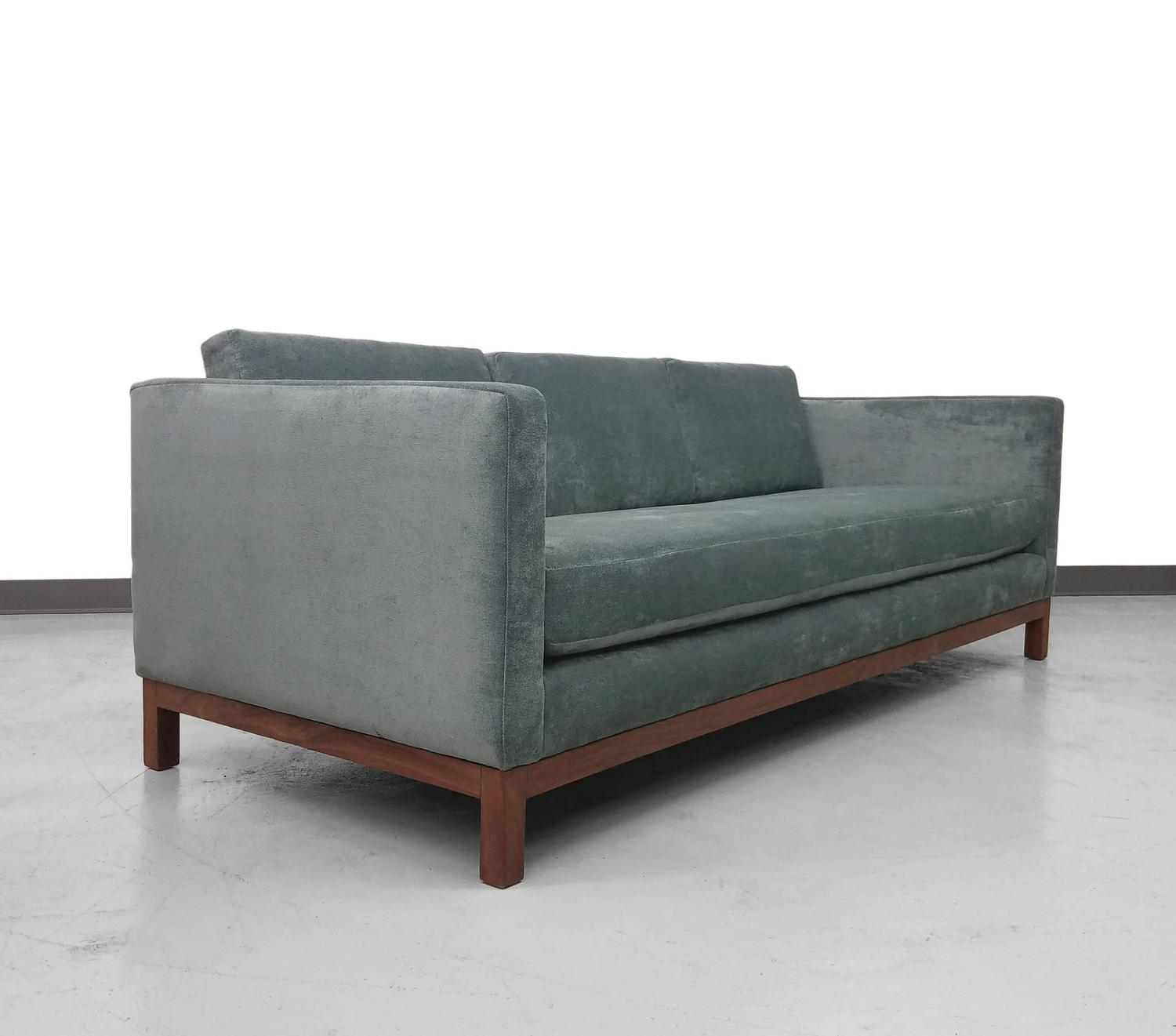 Sectional Couches Las Vegas Nv: Mid-Century Tuxedo Sofa By Milo Baughman At 1stdibs