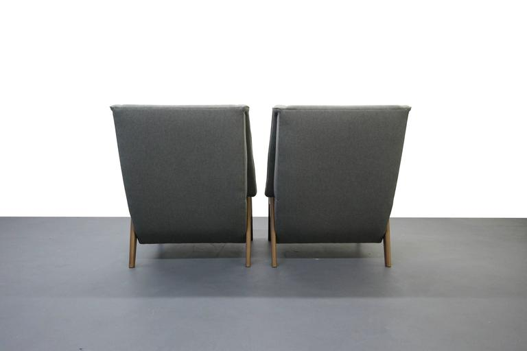 Pair of Mid-Century Lounge Chairs 5