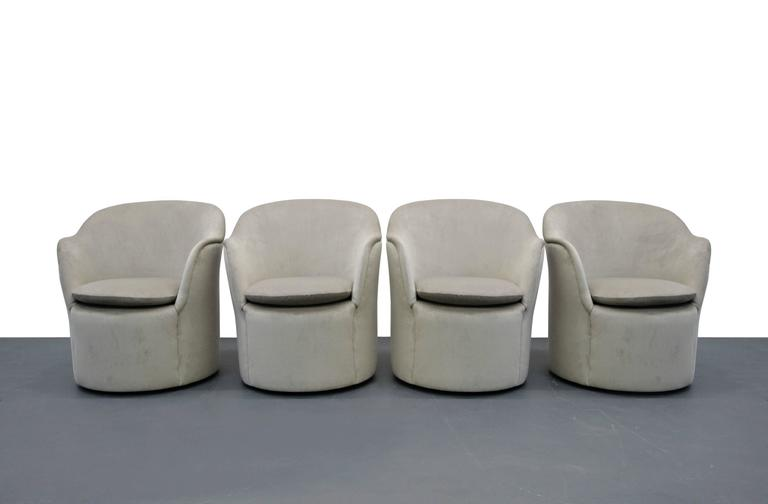 Set of Four Mid-Century Tulip Side Chairs by John Saladino for Dunbar 2