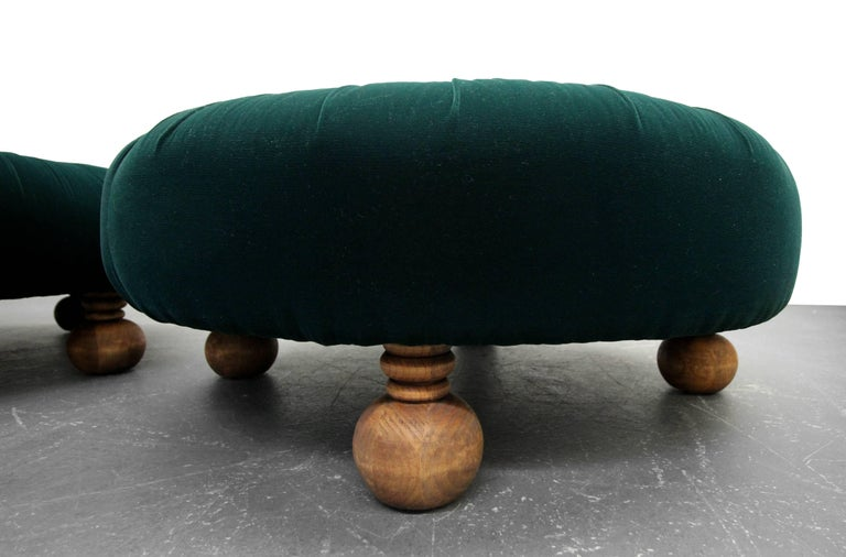 Stupendous Pair Of Antique Emerald Green Velvet Round Button Pleated Evergreenethics Interior Chair Design Evergreenethicsorg