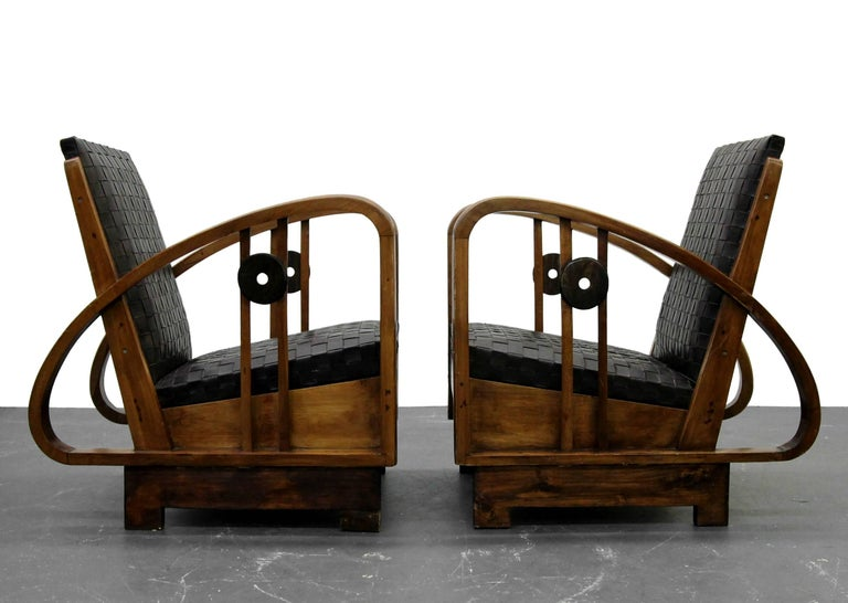 Hand-Woven Pair of Antique French Art Deco Bentwood Lounge Chairs with Woven Leather For Sale