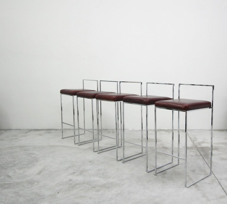 Set of Fivethin Line Chrome and Leather Bar Stools by Milo Baughman In Excellent Condition For Sale In Las Vegas, NV