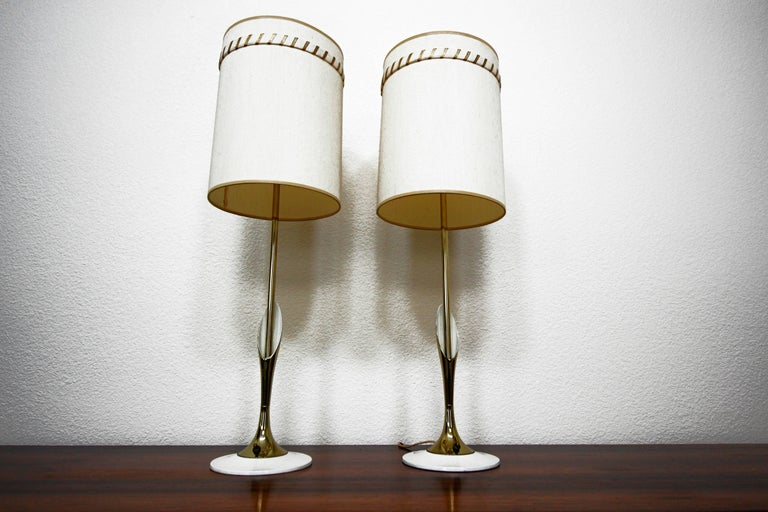 Mid-Century Modern Pair of Midcentury Sculptural Brass Lamps by Laurel Lamp Company For Sale
