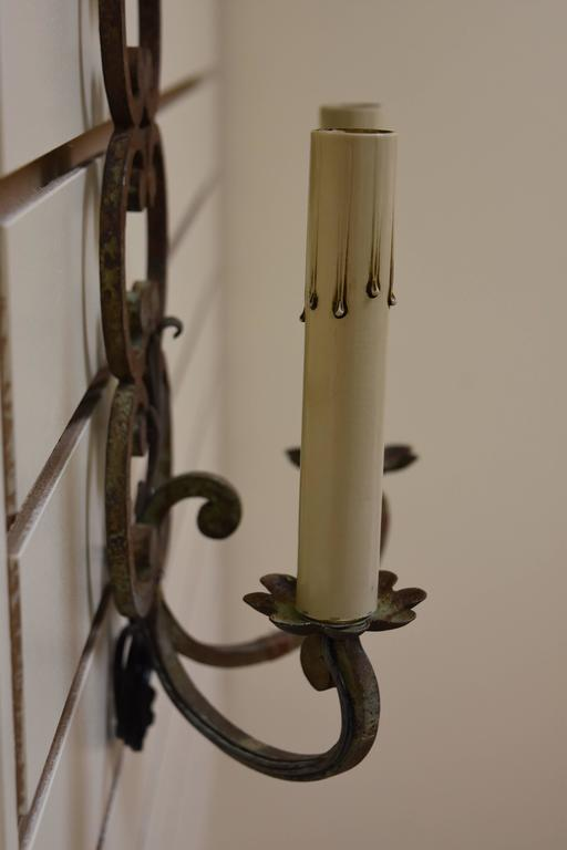 Pair of Early 20th Century French Iron Sconces For Sale 2