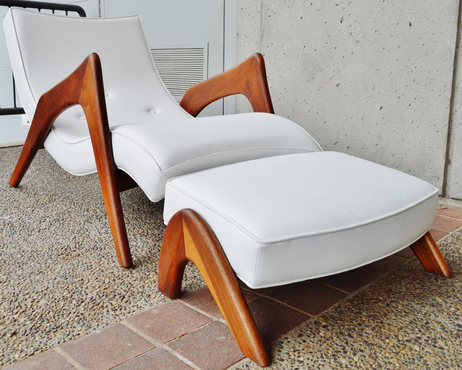 Rare Grasshopper Chaise and Ottoman White Leather by Adrian Pearsall at 1stdibs