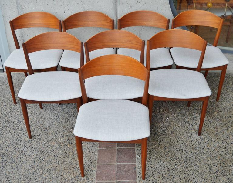 Set Eight Curved Back Danish Modern Red Teak Dining Chairs Silver Tweed 3