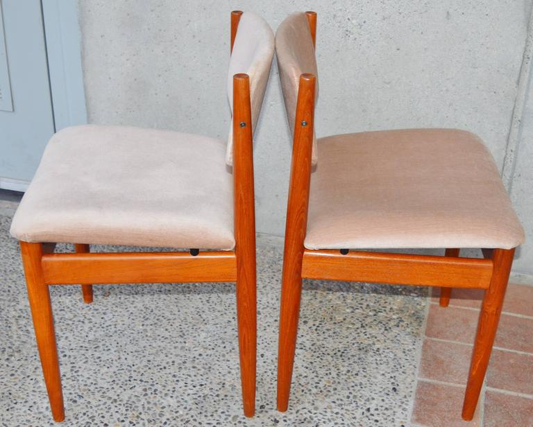 Set Six Teak Finn Juhl Dining Chairs Model 197 In Excellent Condition For Sale In New Westminster, British Columbia