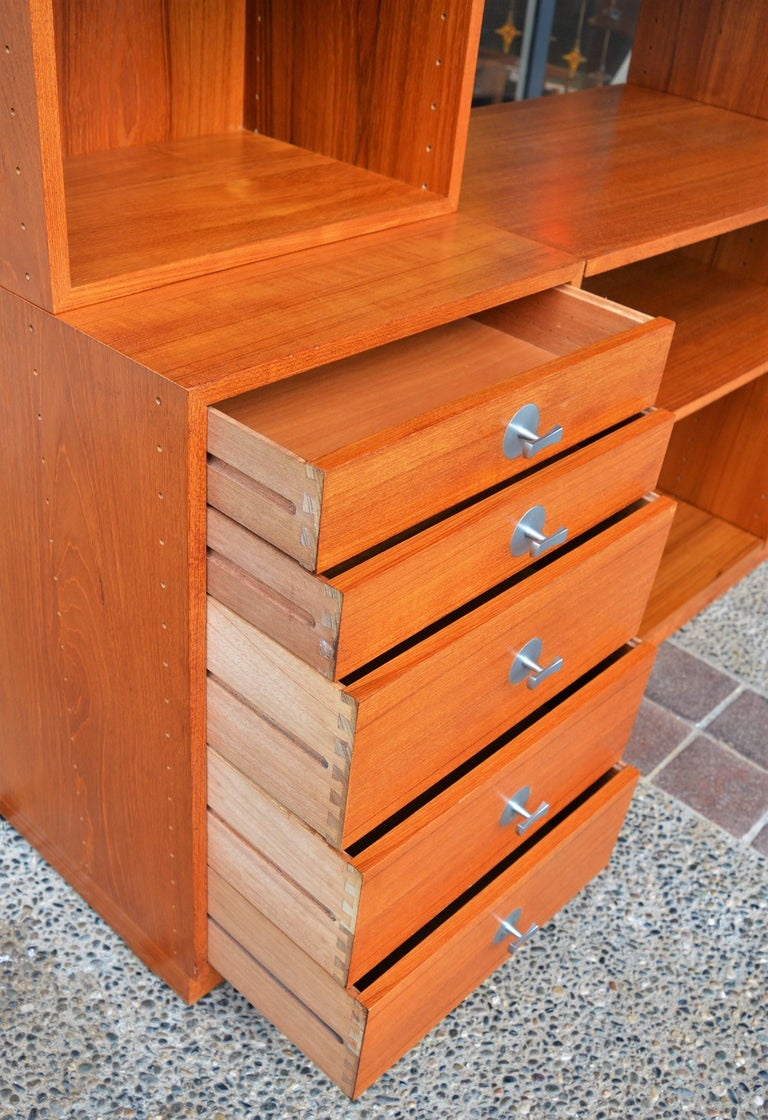 Finn Juhl Modular Teak Wall Unit / Office Shelving for France & Son In Excellent Condition For Sale In New Westminster, CA