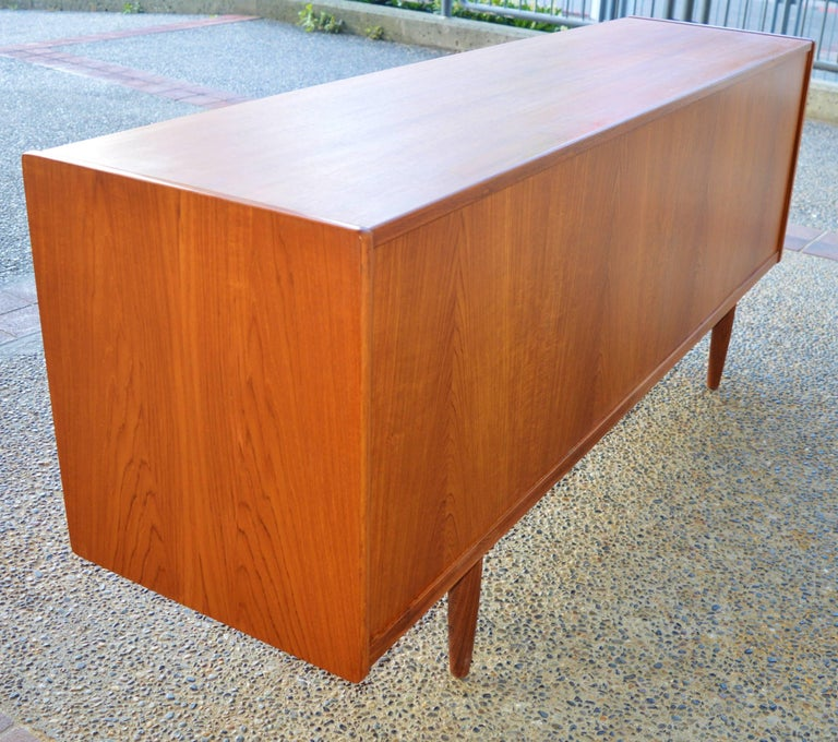 Mid-Century Modern Teak Credenza or Buffet with Centre Drawers and Finished Back, Scandinavian For Sale