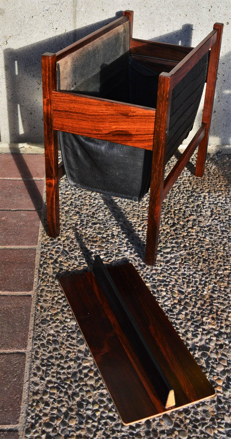 Danish Modern Rosewood and Black Leather Magazine Rack For Sale 1
