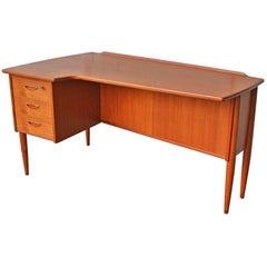 Teak Paisley Desk by Goran Strand for Lelangs, Back Display and Bar, Sweden