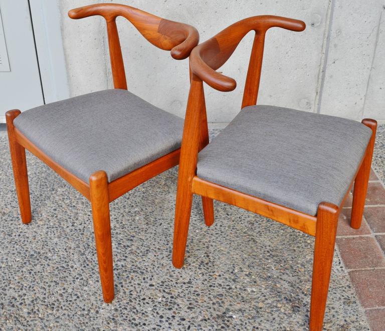 Scandinavian Modern Svend Madsen Teak Cow Horn Dining Chairs, Set Of Six  For Sale