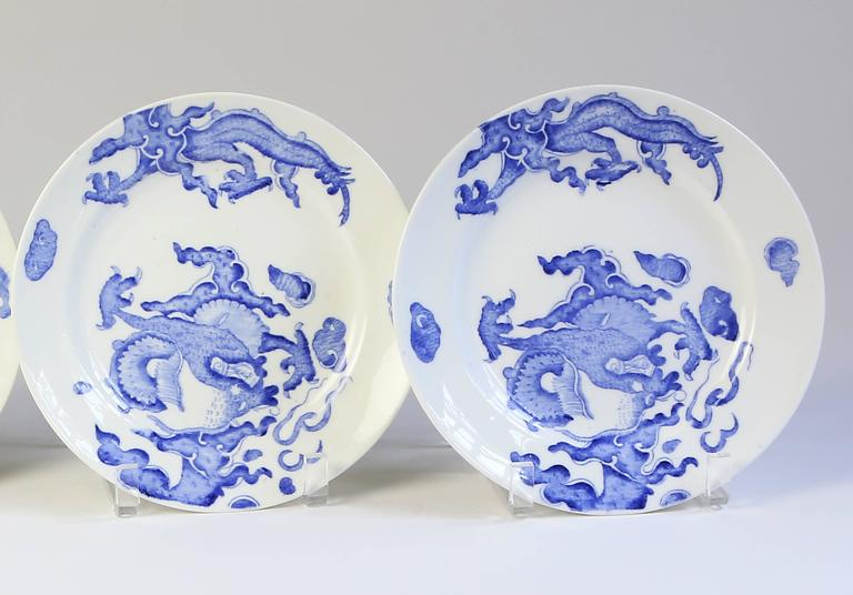 Set of Four Blue Dragon Plates by Coalport In Good Condition For Sale In Austin, TX