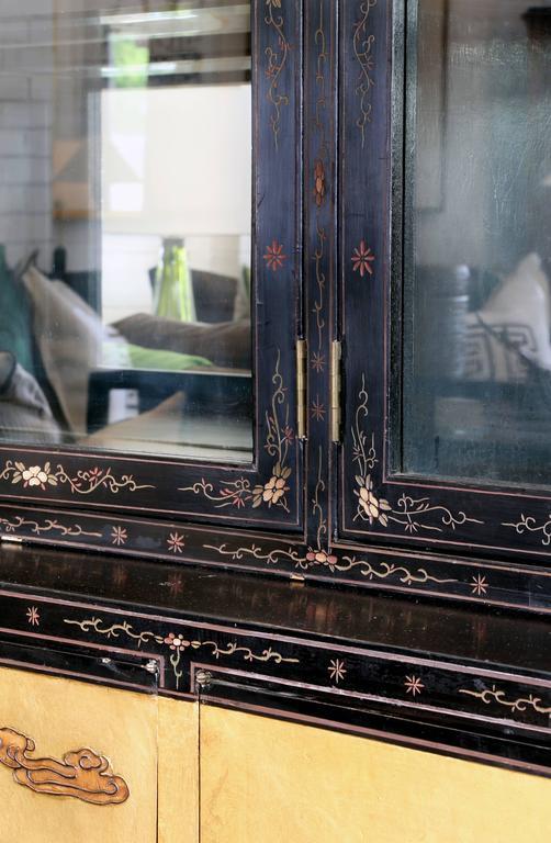 Chinese Coromandel Display Cabinet 3