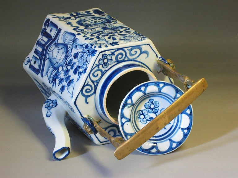 Charming Chinese Export Hexagonal Blue & White Teapot with Brass Handle & Tray For Sale 2