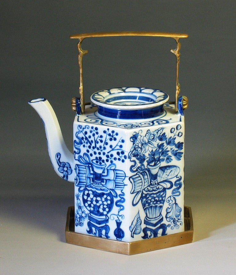 Charming Chinese Export Hexagonal Blue & White Teapot with Brass Handle & Tray For Sale 3