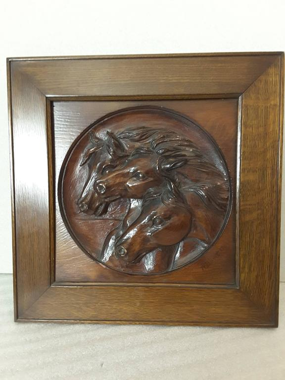 Nice Three Horse Carved Pine Panel Mounted in Oak Frame Signed W.B.Lintton In Good Condition For Sale In Ottawa, Ontario