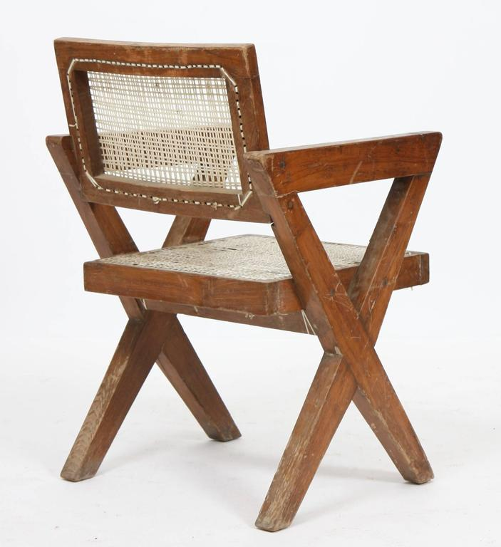 Exceptional Chair by Pierre Jeanneret In Good Condition For Sale In Altwies, LU