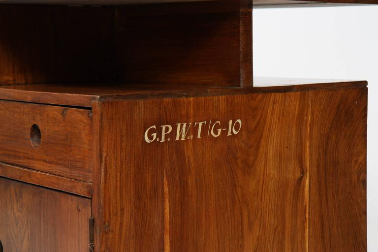 Pierre Jeanneret Administrative Desk In Good Condition For Sale In Altwies, LU