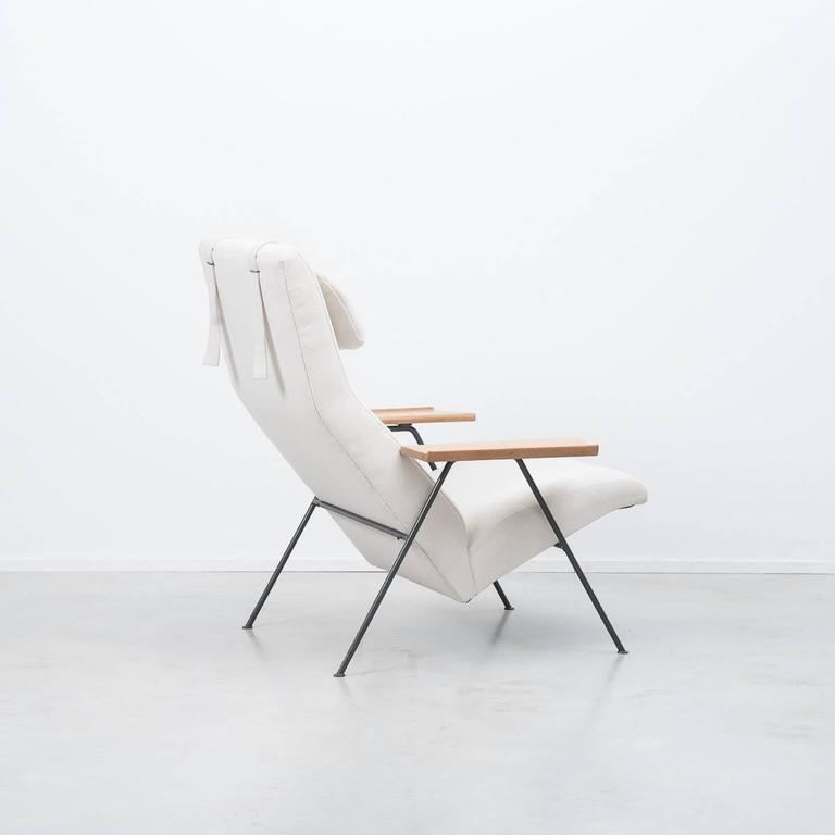 Robin Day Recliner Armchair Hille Uk 1952 At 1stdibs
