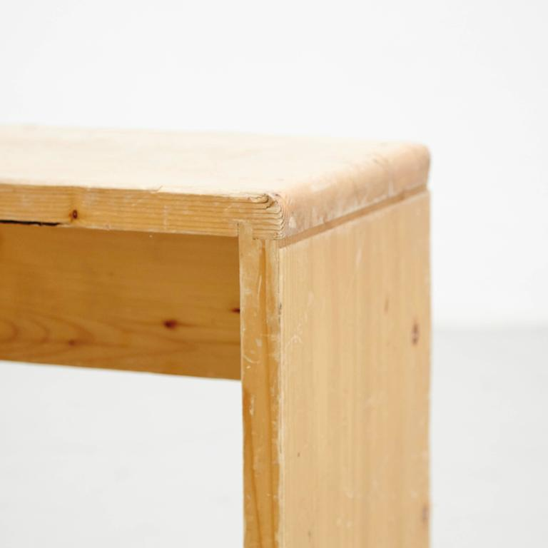 Charlotte Perriand Stool for Les Arcs In Good Condition For Sale In Barcelona, Barcelona