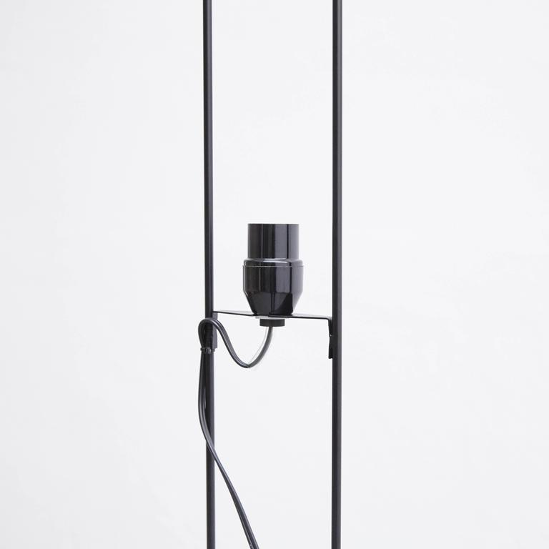 Isamu Noguchi 31N Floor Lamp For Sale 1