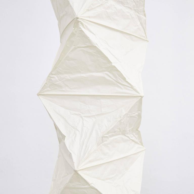 Isamu Noguchi L8 Floor Lamp In Excellent Condition For Sale In Barcelona, Barcelona