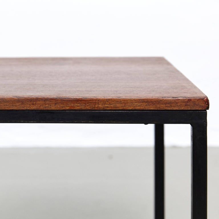 American Florence Knoll T-Angle Side Table, circa 1950 For Sale