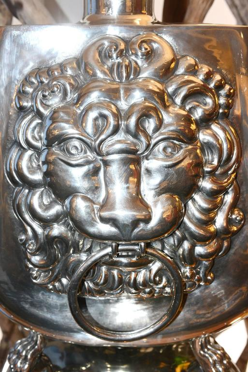 Tin Set of Two Vase Lamp with Lion Head For Sale